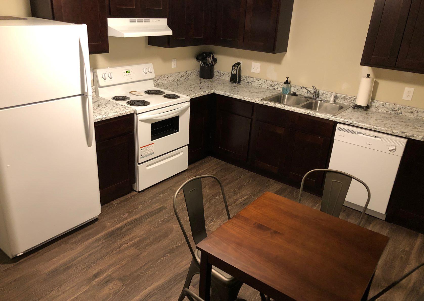 Applecrest Village Apartments Kitchen